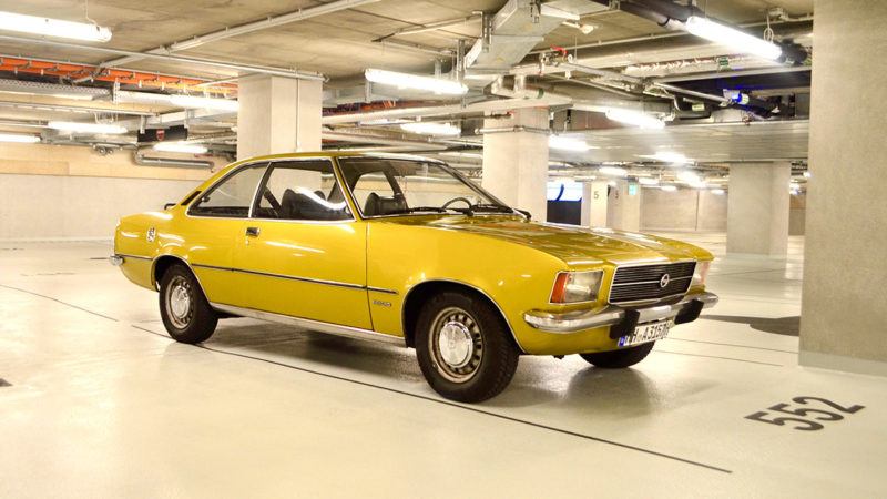 Oldtimer-Opel-Rekord-D-Coupe